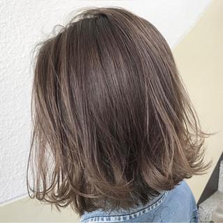 金髪 ミディアム 外国人風 グレージュ ヘアスタイルや髪型の写真・画像