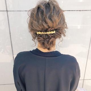 簡単ヘアアレンジ 結婚式 デート ロング ヘアスタイルや髪型の写真・画像 ヘアスタイルや髪型の写真・画像