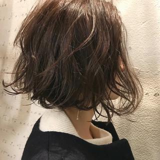 モード ナチュラル ワンレングス パーマ ヘアスタイルや髪型の写真・画像