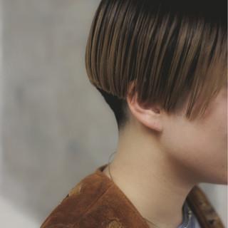 アウトドア 秋 外国人風 モード ヘアスタイルや髪型の写真・画像