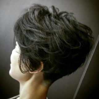 ショート 坊主 パーマ ボーイッシュ ヘアスタイルや髪型の写真・画像