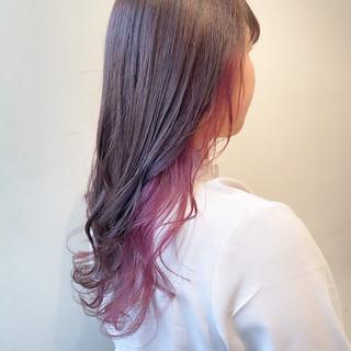 フェミニン ピンクバイオレット インナーカラー ロング ヘアスタイルや髪型の写真・画像