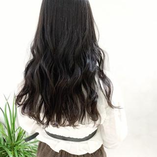 ストリート ロング 暗髪女子 暗髪 ヘアスタイルや髪型の写真・画像