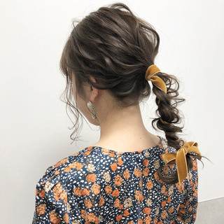 大人可愛い セミロング ナチュラル ミルクティー ヘアスタイルや髪型の写真・画像