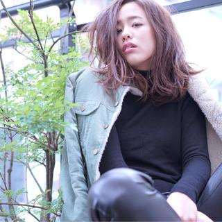 外国人風 ストリート 大人かわいい ミディアム ヘアスタイルや髪型の写真・画像