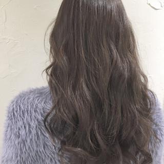 透明感 ミルクティー ナチュラル ハイトーン ヘアスタイルや髪型の写真・画像