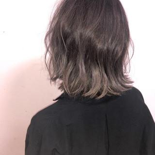 アウトドア パーマ デート ストリート ヘアスタイルや髪型の写真・画像 ヘアスタイルや髪型の写真・画像