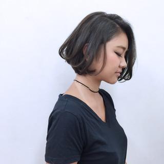 渋谷系 暗髪 アッシュ 外国人風 ヘアスタイルや髪型の写真・画像