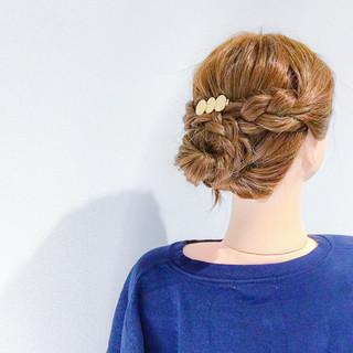 簡単ヘアアレンジ セミロング フェミニン アウトドア ヘアスタイルや髪型の写真・画像