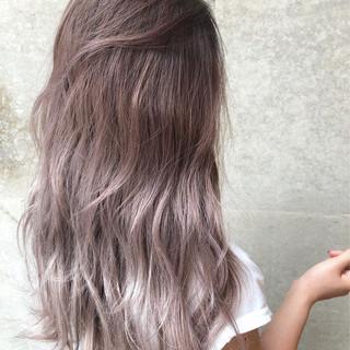 アッシュ グレージュ 外国人風カラー グラデーションカラー ヘアスタイルや髪型の写真・画像