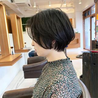 ナチュラル  大人ショート ハンサムショート ヘアスタイルや髪型の写真・画像