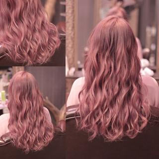ウェーブ ピンク 外国人風 ロング ヘアスタイルや髪型の写真・画像