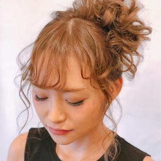 ヘアアレンジ お団子ヘア 可愛い セミロング ヘアスタイルや髪型の写真・画像
