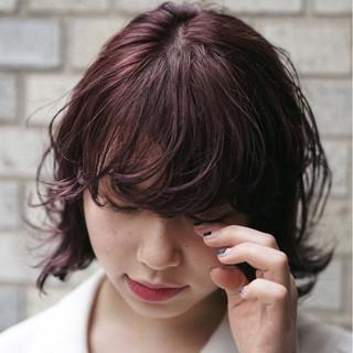 ピンク ミディアム ウルフカット ガーリー ヘアスタイルや髪型の写真・画像