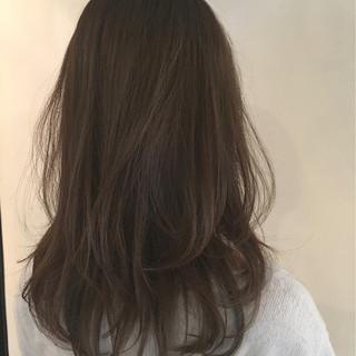 ナチュラル 暗髪 ゆるふわ アッシュ ヘアスタイルや髪型の写真・画像