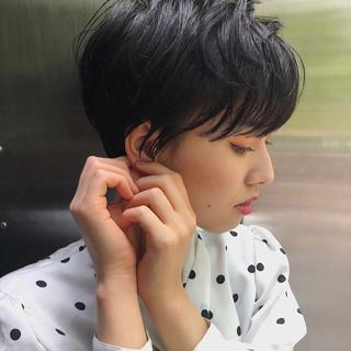 丸みショート 大人かわいい ショート デート ヘアスタイルや髪型の写真・画像