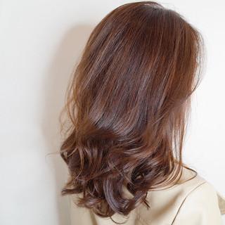 ブラウンベージュ ナチュラル 大人かわいい 大人女子 ヘアスタイルや髪型の写真・画像