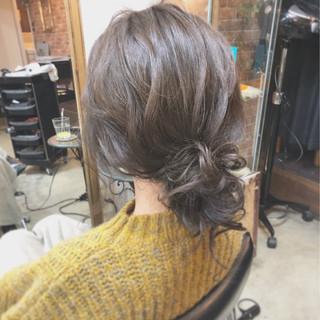 簡単ヘアアレンジ デート ヘアアレンジ シニヨン ヘアスタイルや髪型の写真・画像