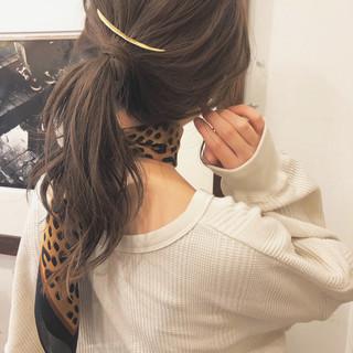 ブラウン ヘアアレンジ 簡単ヘアアレンジ ヘルシー ヘアスタイルや髪型の写真・画像 ヘアスタイルや髪型の写真・画像
