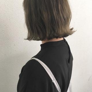外ハネ ロブ 切りっぱなし ボブ ヘアスタイルや髪型の写真・画像 ヘアスタイルや髪型の写真・画像