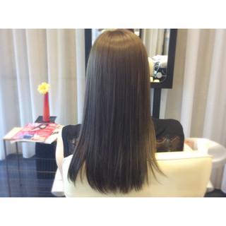 ブルージュ イルミナカラー ナチュラル 暗髪 ヘアスタイルや髪型の写真・画像