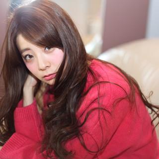 ゆるふわ 大人かわいい パーマ フェミニン ヘアスタイルや髪型の写真・画像