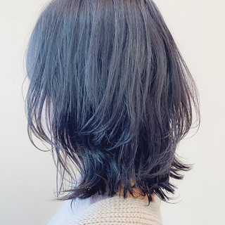 ウルフカット レイヤーヘアー ナチュラル レイヤーボブ ヘアスタイルや髪型の写真・画像