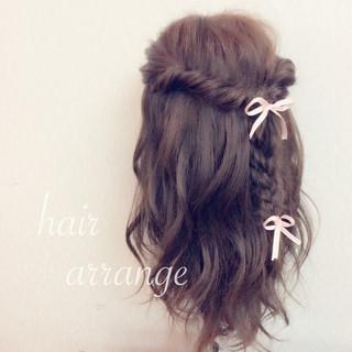 ヘアアレンジ 結婚式 ゆるふわ フェミニン ヘアスタイルや髪型の写真・画像