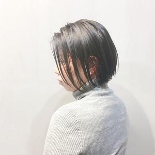 ボブ ナチュラル アッシュベージュ ネイビーアッシュ ヘアスタイルや髪型の写真・画像