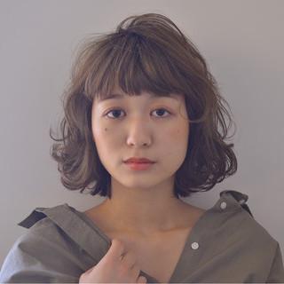 フェミニン ヌーディベージュ ボブ ヘアアレンジ ヘアスタイルや髪型の写真・画像