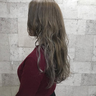 ダブルカラー ハイトーン 外国人風カラー エレガント ヘアスタイルや髪型の写真・画像 ヘアスタイルや髪型の写真・画像