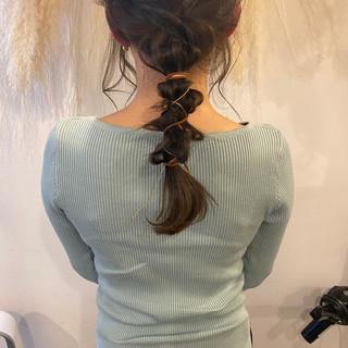 ロング 簡単ヘアアレンジ グレージュ ナチュラル ヘアスタイルや髪型の写真・画像