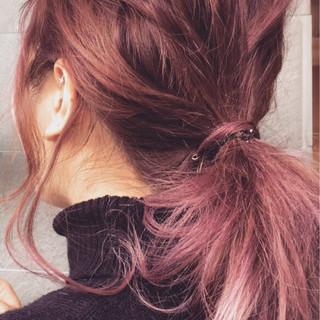 ベリーピンク ストリート ピンク バレイヤージュ ヘアスタイルや髪型の写真・画像