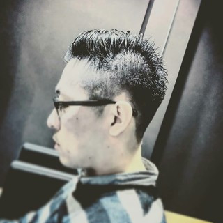 坊主 メンズ ボーイッシュ モード ヘアスタイルや髪型の写真・画像