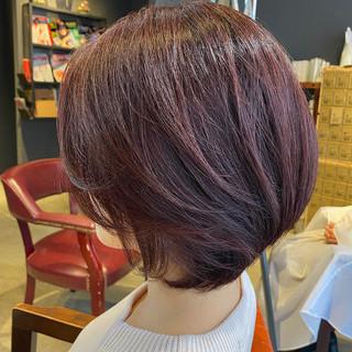 ピンクブラウン oggiotto うる艶カラー 大人グラボブ ヘアスタイルや髪型の写真・画像
