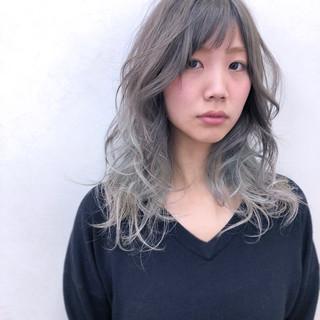 ストリート ウェーブ アッシュ セミロング ヘアスタイルや髪型の写真・画像