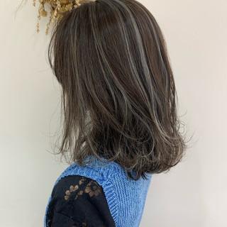 ハイライト ホワイトハイライト ナチュラル コントラストハイライト ヘアスタイルや髪型の写真・画像