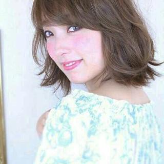 大人かわいい フェミニン 巻き髪 大人女子 ヘアスタイルや髪型の写真・画像