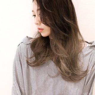 外国人風 外国人風カラー デート グラデーションカラー ヘアスタイルや髪型の写真・画像