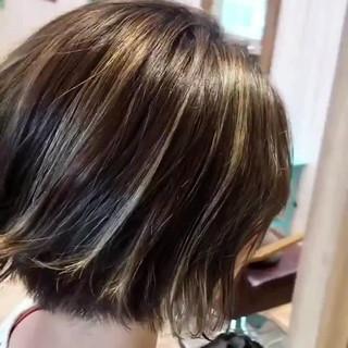 大人かわいい ショート ハイライト かわいい ヘアスタイルや髪型の写真・画像