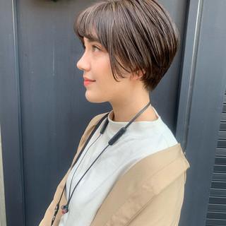 ショート 透明感カラー ショートヘア グレージュ ヘアスタイルや髪型の写真・画像