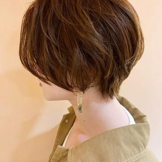 ショートボブ 大人かわいい オフィス パーマ ヘアスタイルや髪型の写真・画像