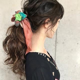 簡単ヘアアレンジ ゆるナチュラル 大人かわいい ナチュラル ヘアスタイルや髪型の写真・画像