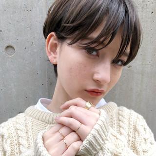 愛され アンニュイほつれヘア パーマ ショート ヘアスタイルや髪型の写真・画像