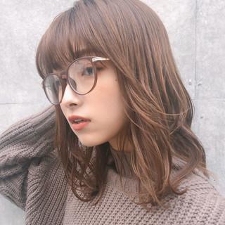 大人かわいい オフィス レイヤーカット ミディアム ヘアスタイルや髪型の写真・画像