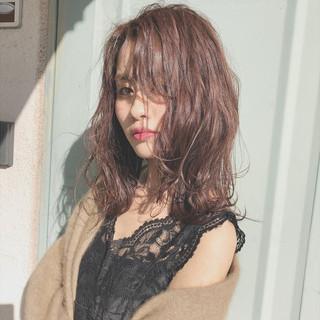 ミディアム ゆるふわ 上品 エレガント ヘアスタイルや髪型の写真・画像