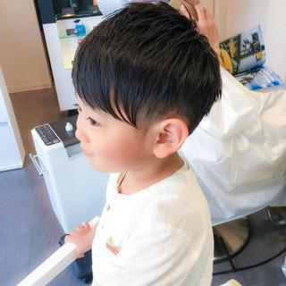 メンズ ナチュラル ボーイッシュ ダブルバング ヘアスタイルや髪型の写真・画像