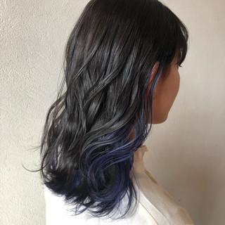 インナーカラー コリアンネイビー セミロング ネイビー ヘアスタイルや髪型の写真・画像
