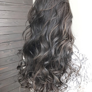 ロング 透明感 ナチュラル 冬 ヘアスタイルや髪型の写真・画像