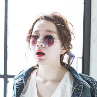 外国人風 ヘアアレンジ ストリート ミディアム ヘアスタイルや髪型の写真・画像
